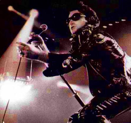Bono-zoo-tv-thefly