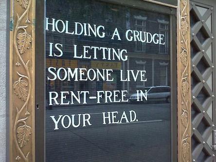 Holdinggrudge