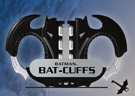 Batman_batcuffs